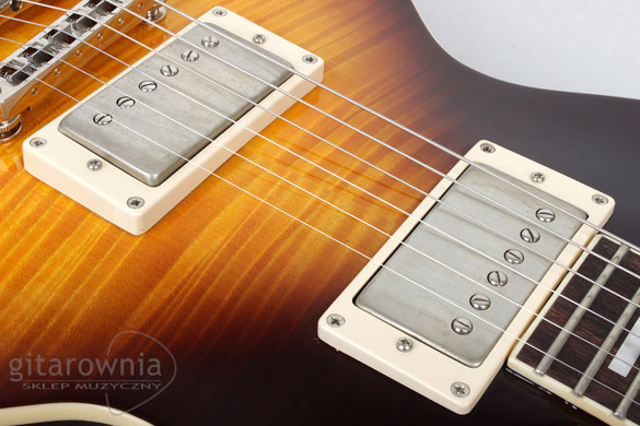 CORT CR280 VS